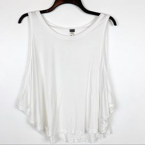 """FREE PEOPLE """"We the Free"""" Tank top. Oversized"""